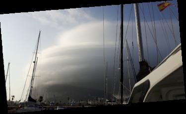 Gibraltar in Wolken