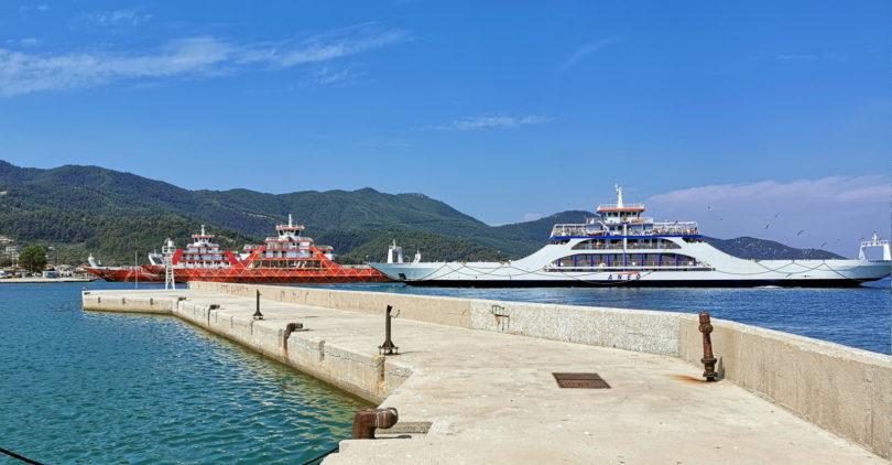 Fähren auf Thasos