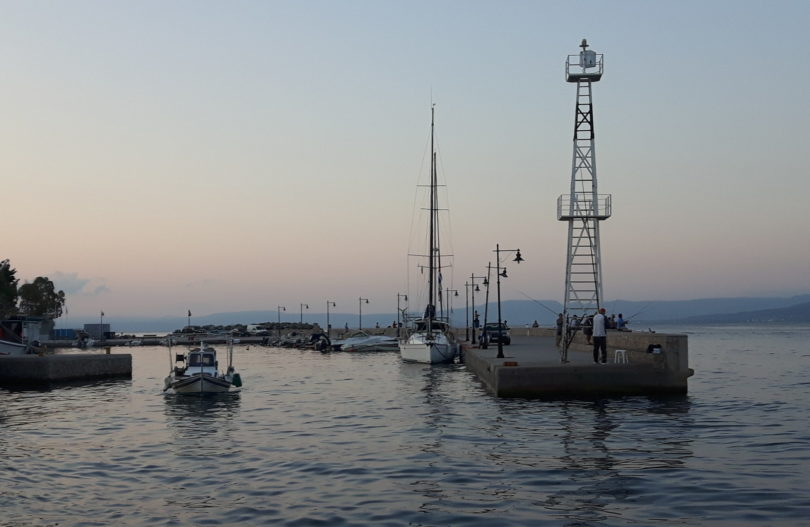 Hafeneinfahrt von Loutrá Edipsoú