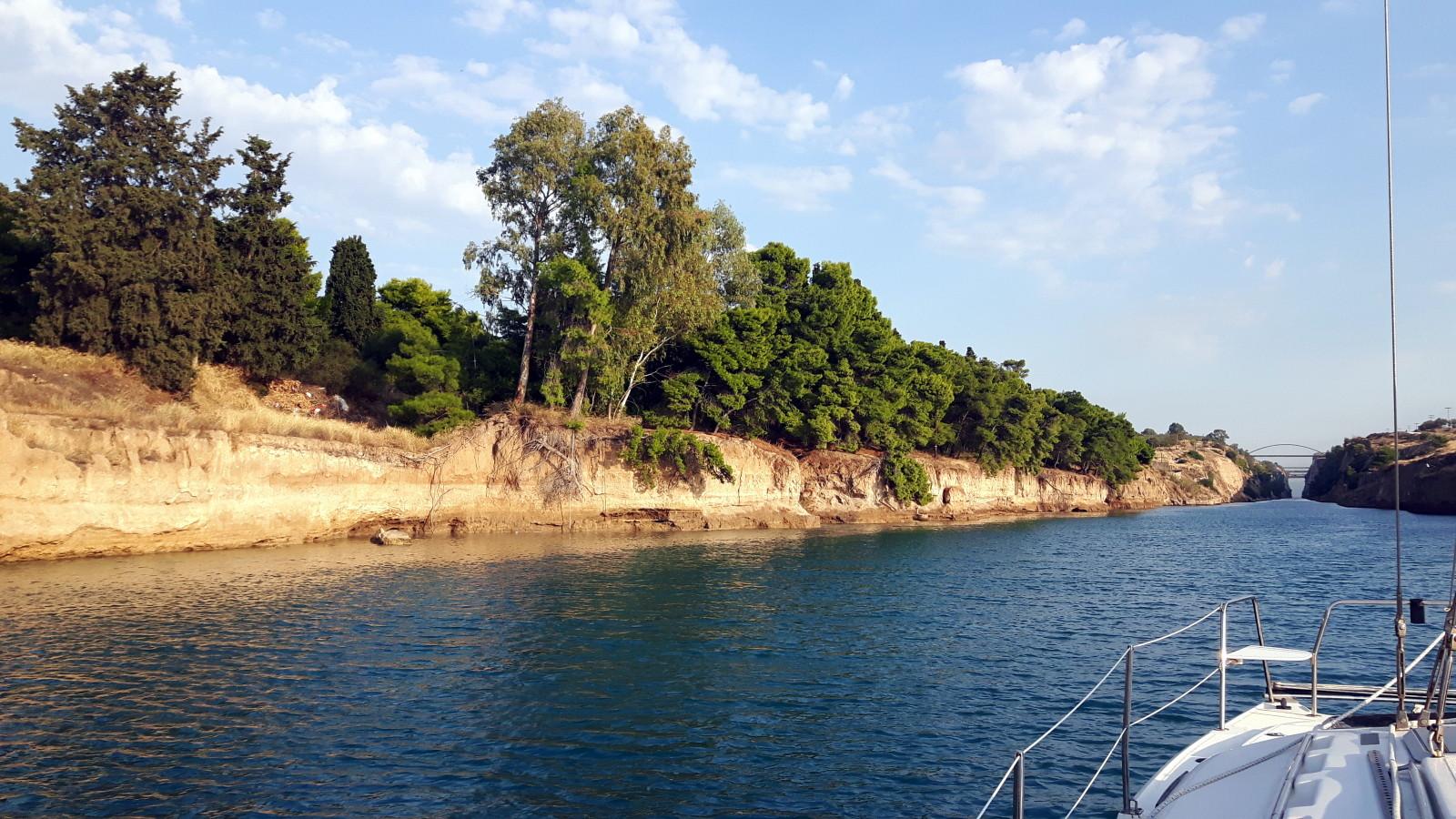 Einfahrt in den Kanal von Korinth